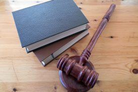 hammer-books-law-court